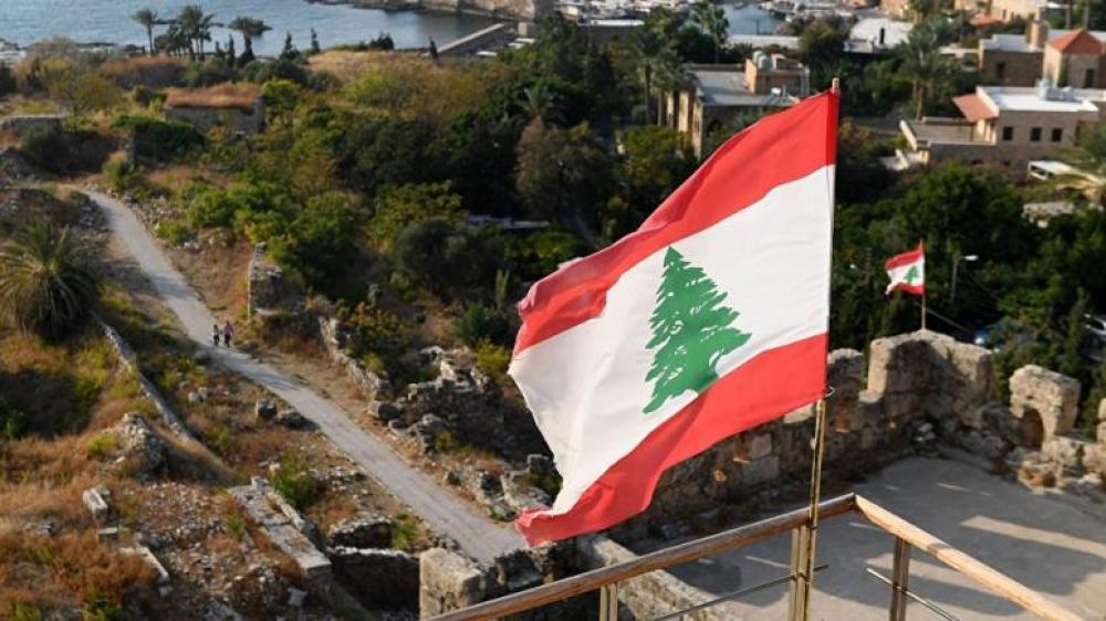 """بسبب صندوق مساعدات.. """"ثوّار لبنانيون"""" يعتدون بالضرب على رجل سوري"""