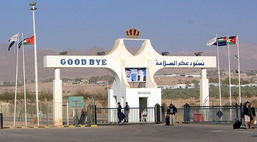 الأردن يوافق على دخول السيارات السورية إلى أراضيه