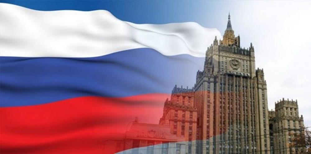 الخارجية الروسية تُحذر مواطنيها من السفر إلى الخارج