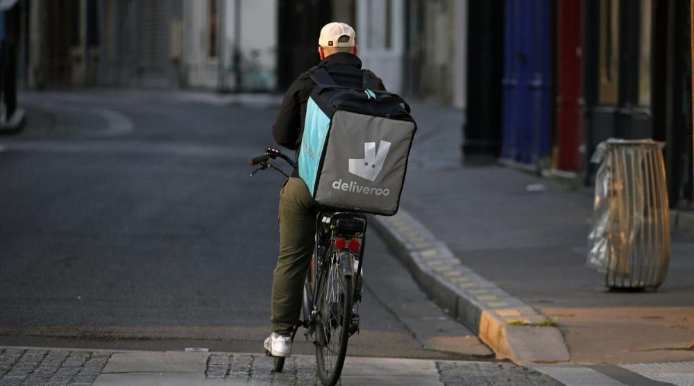فرنسا: ترحيل جزائري رفض توصيل الطعام لعملاء يهود