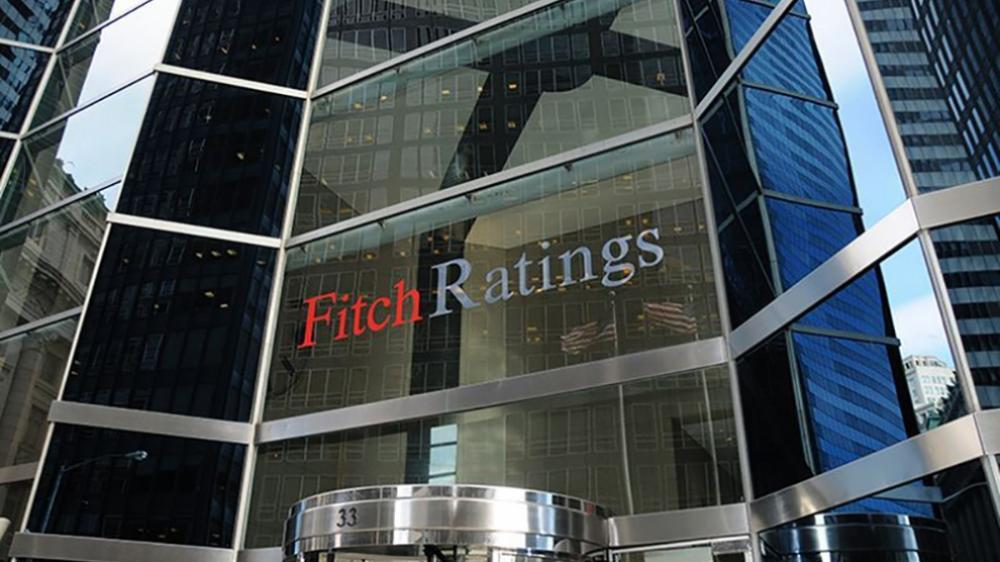 Fitch: تخفيضات غير مسبوقة لتصنيفات 33 دولة