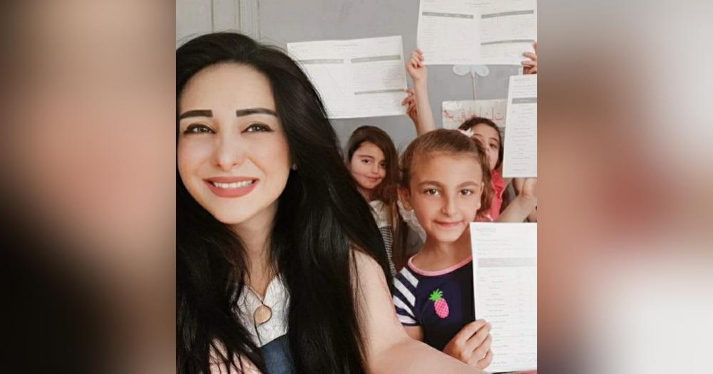 """""""نغم علي""""معلمة سورية تصل إلى العالمية"""
