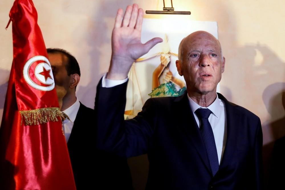 الرئيس التونسي يؤدي اليمين الدستورية