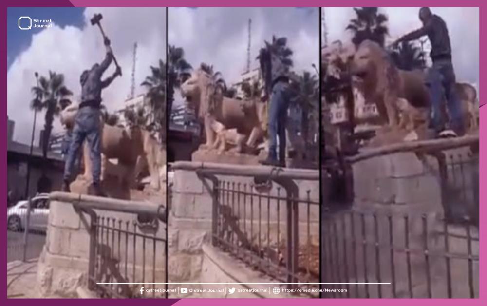 فلسطيني يحطم تماثيل يعتبرها أصناماً