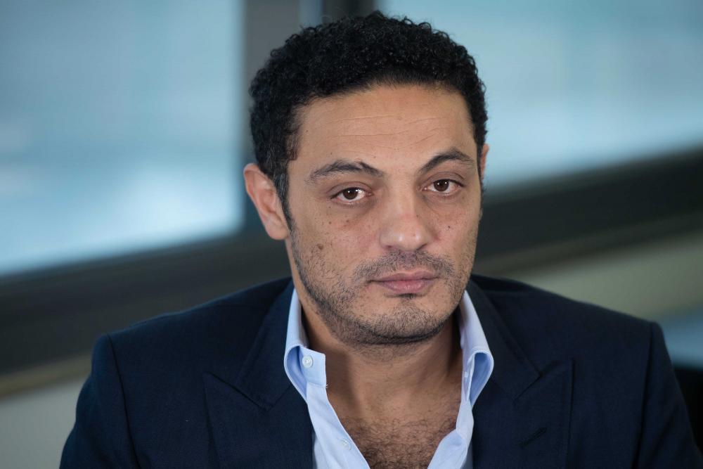 المقاول المصري يظهر من جديد ويث على التظاهر «انزلوا يا بقر